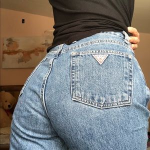 Guess vintage mom jeans